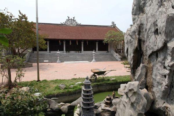 Chùa Sùng Khánh (Long Biên, Hà Nội)