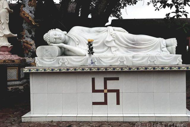 tuong-phat-thich-ca-niet-ban-truoc-cua-chua-1229