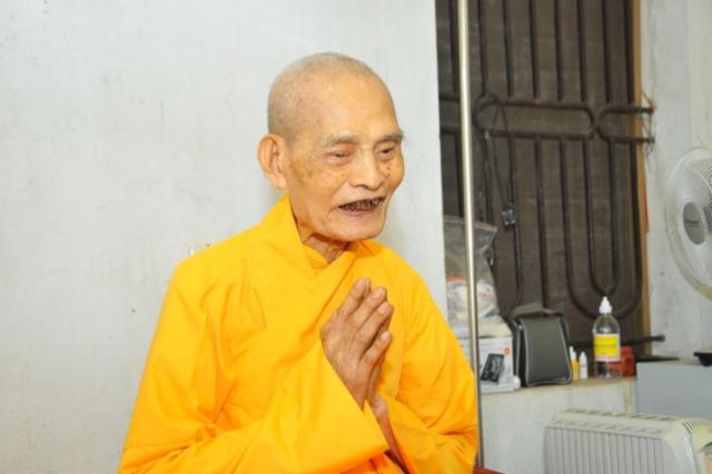 Thich-pho-tue (1)