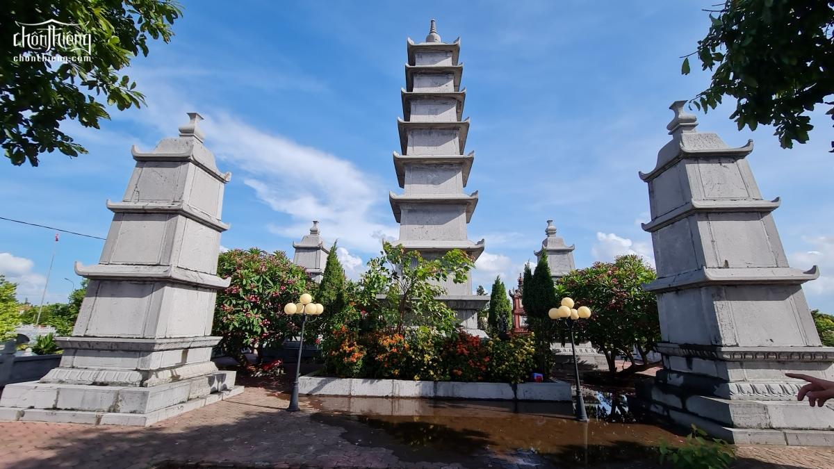 Chùa Đống Cao (Chùa Sếu – Tân Hưng, Hải Dương) ngôi chùa cổ bề thế xây dựng từ thế kỷ 13