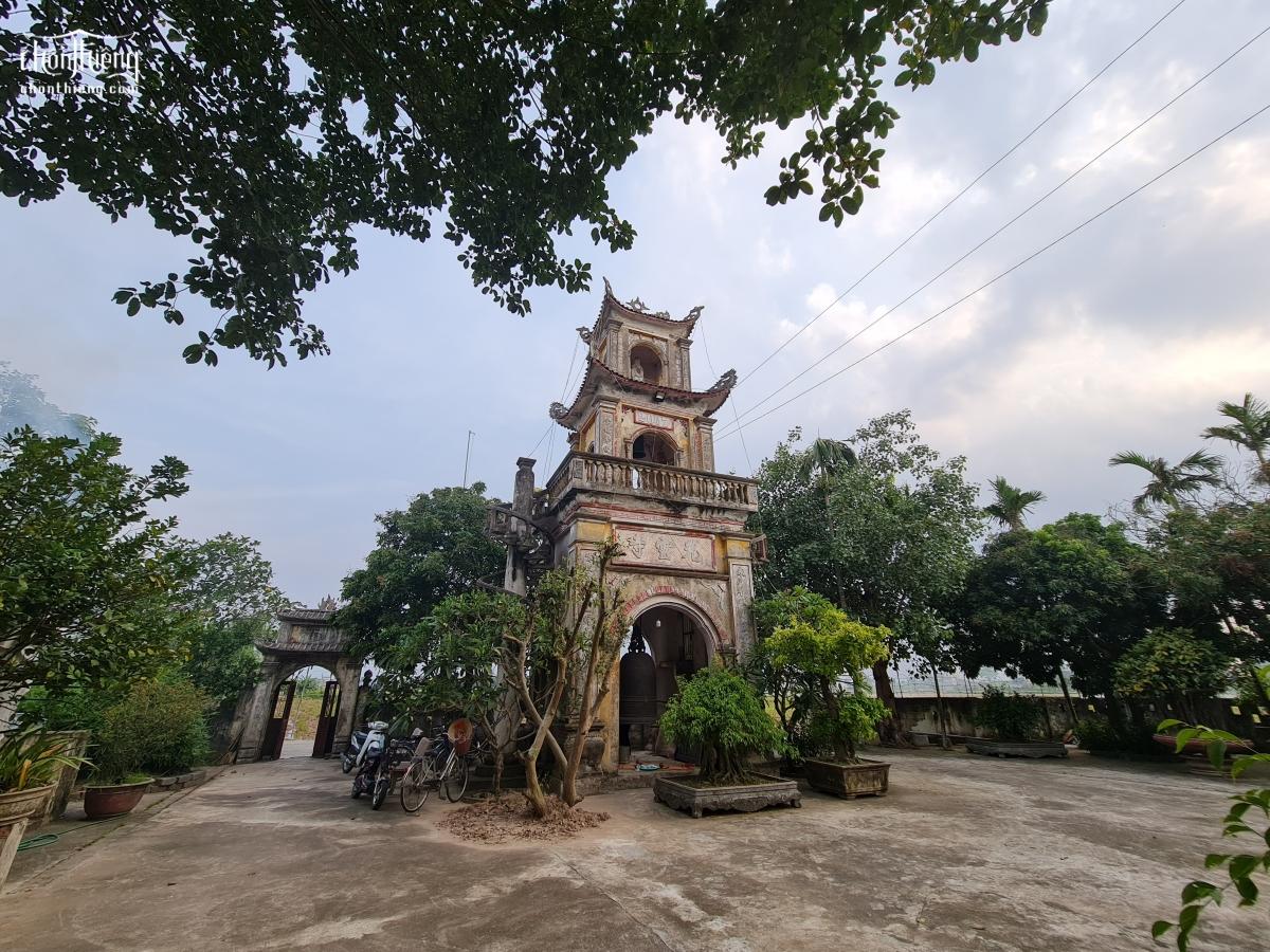 Chùa Linh Quang (Chùa Quần Chử – Trực Ninh, Nam Định) với 2 gian kiến trúc thời Lê Trung Hưng