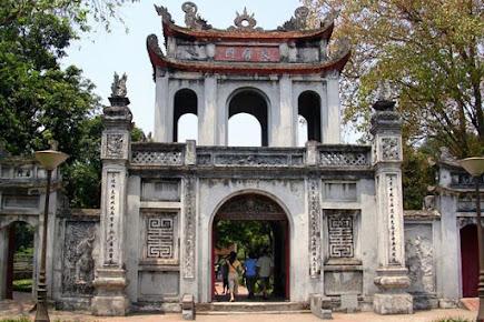Đền Bạch Mã Hà Nội (11)