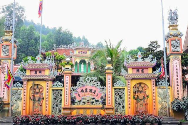 Đền Nguyệt Hồ