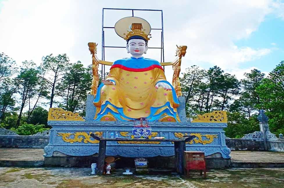 Đền Truông Bát (Thạch Hà, Hà Tĩnh)