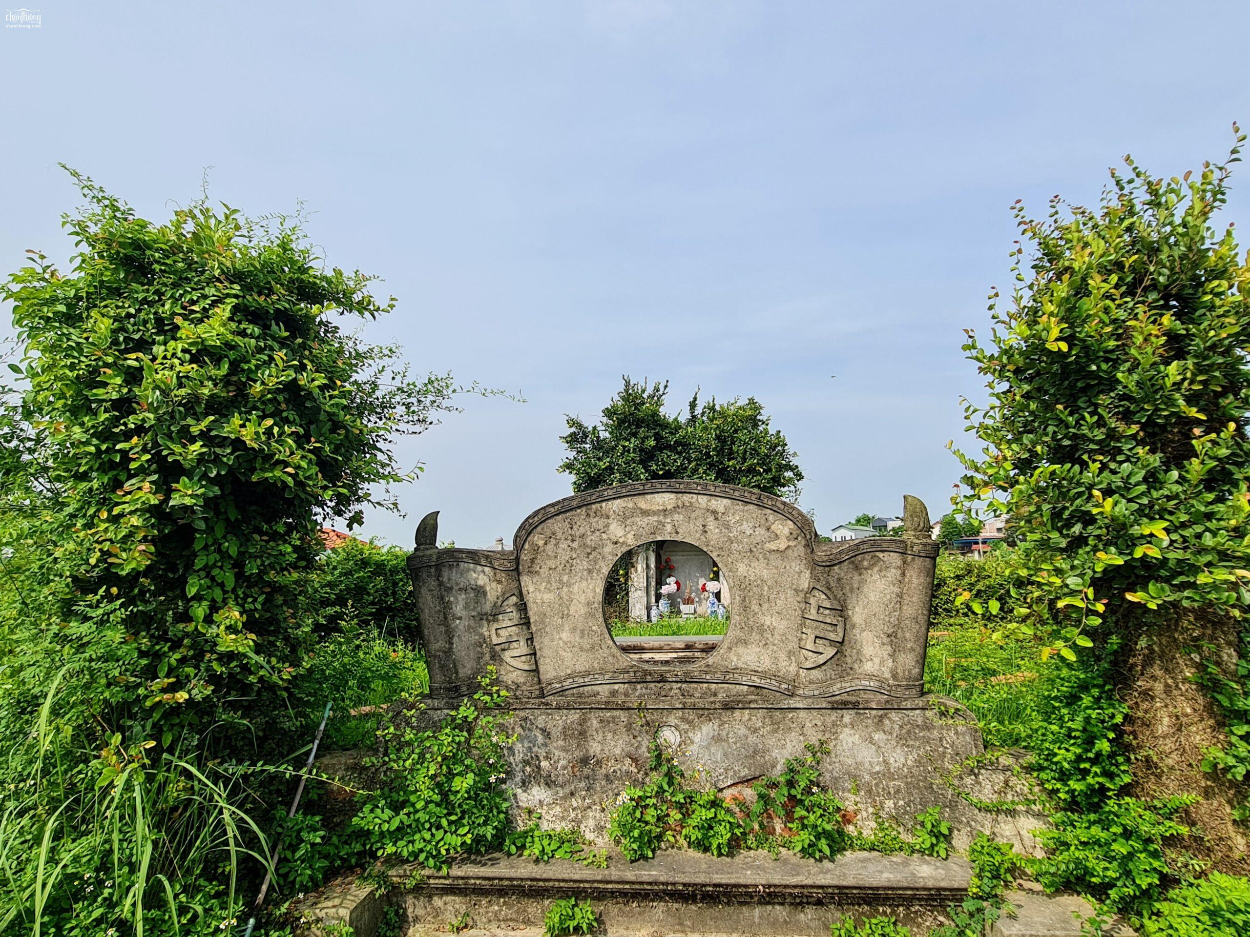 Lăng mộ Nhất giáp Tam nguyên Vũ Phạm Hàm linh khí quần tụ