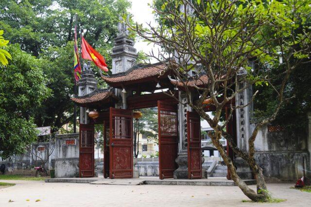 Lễ hội đền Voi Phục