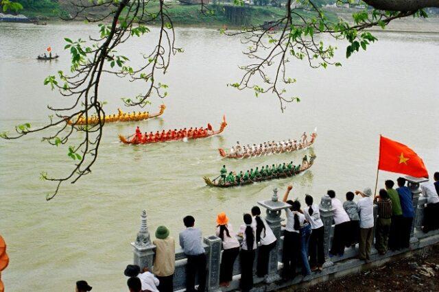 Cuộc thi đua thuyền