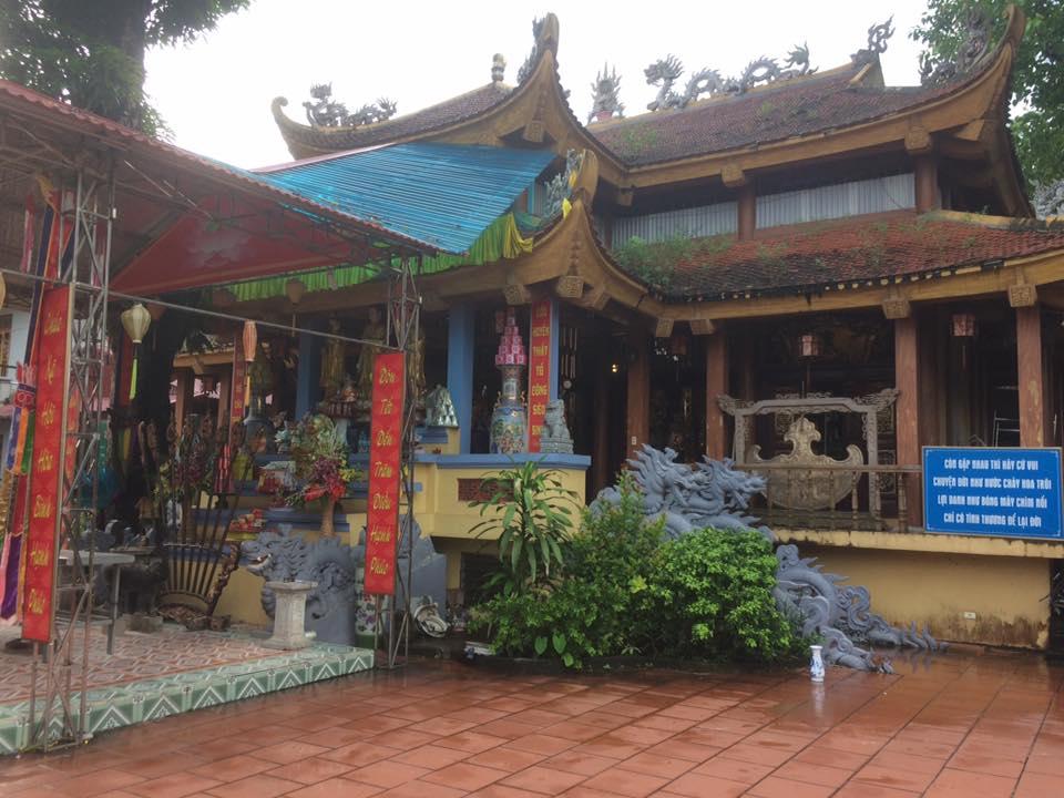 Đền Xương Rồng ( Thái Nguyên)